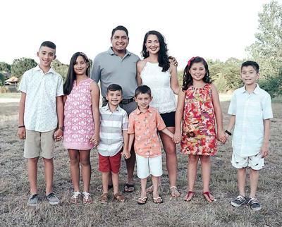 09-12 serrano family-01