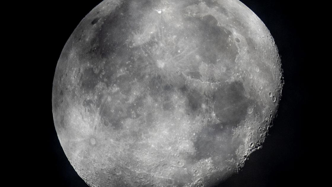 Nokia to build moon's first 4G cell network for NASA