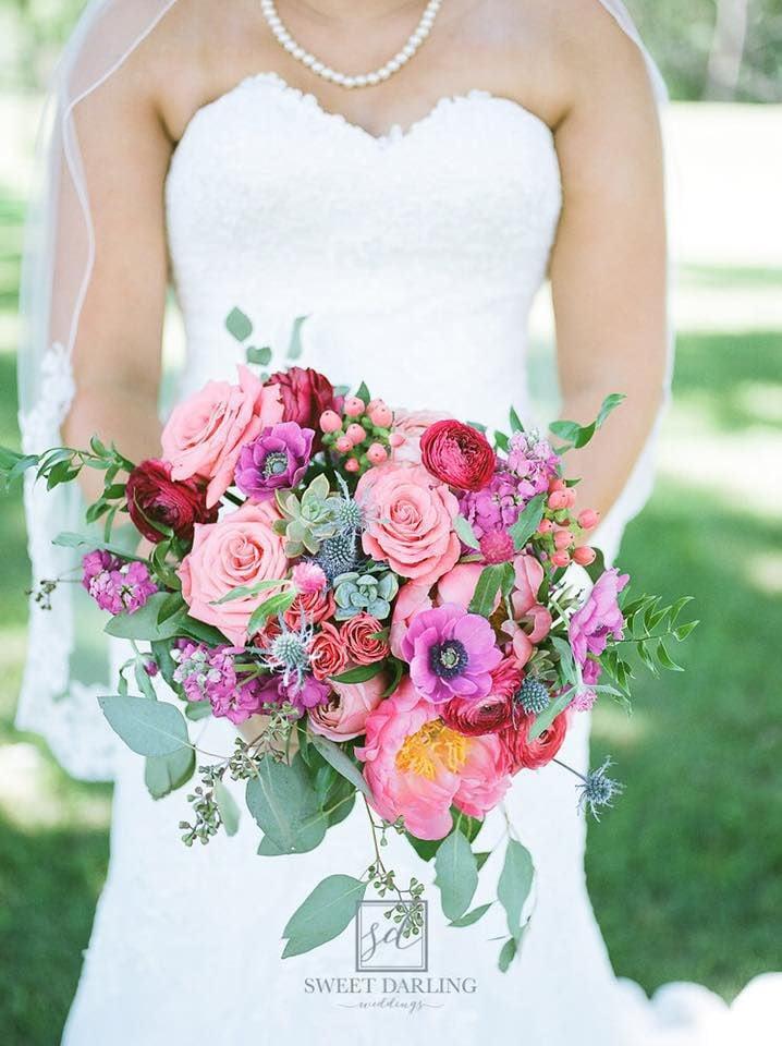 011819-blm-lif-weddingflowers