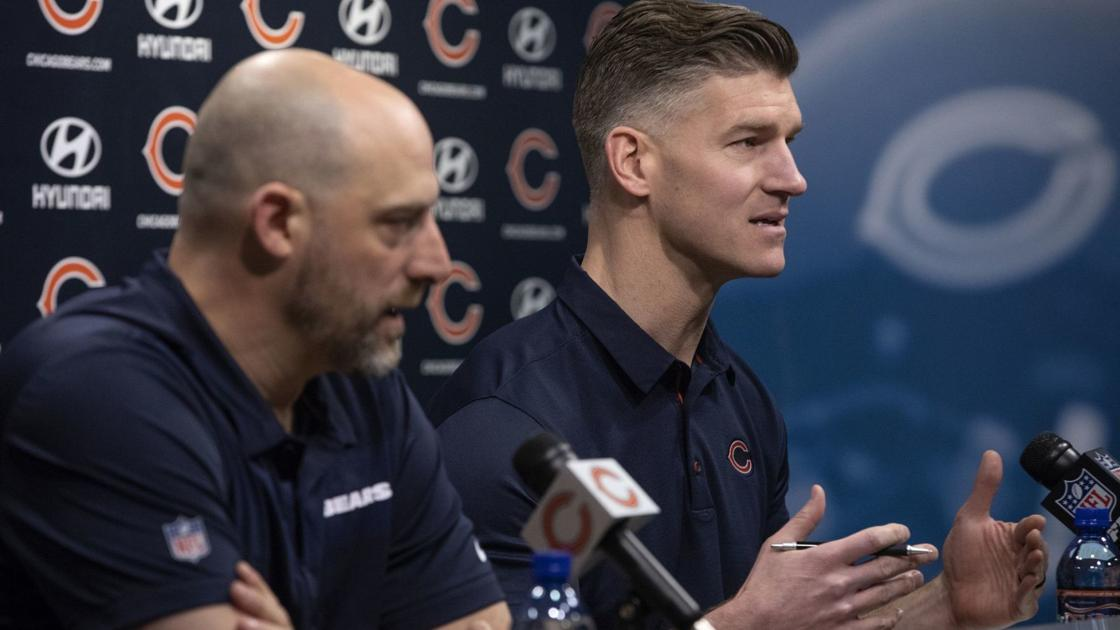 Column: As the Chicago Bears look at QBs slated for the 1st round, don't expect them to sit and wait to see if one falls to the No. 20 pick