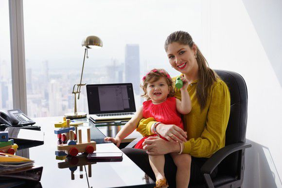 8 Must-Offer Benefits That'll Attract and Recruit Working Moms