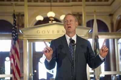 Rauner pension plan would end union negotiations, freeze pay