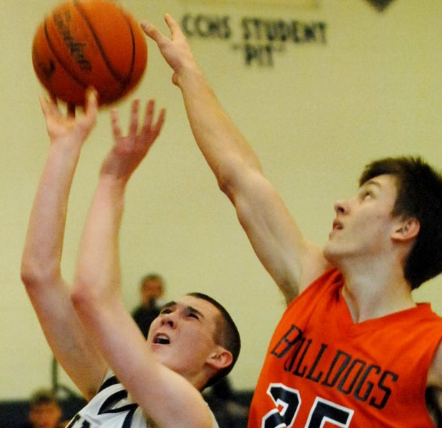 Hoerdemann's hot hand lifts Saints past Mahomet-Seymour boys