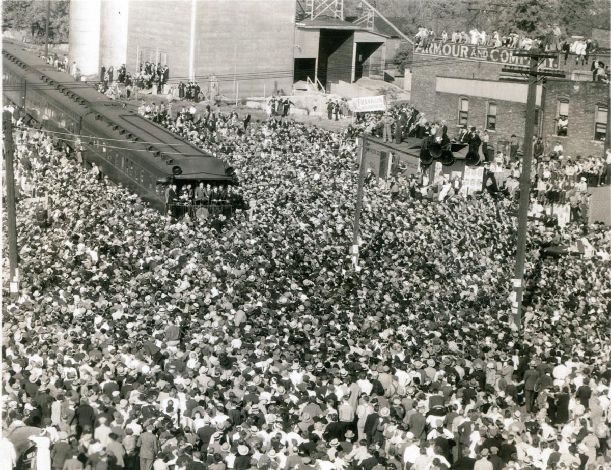 FDR Whistlestop 10-14-1936 crowd PHOTO 2.jpg