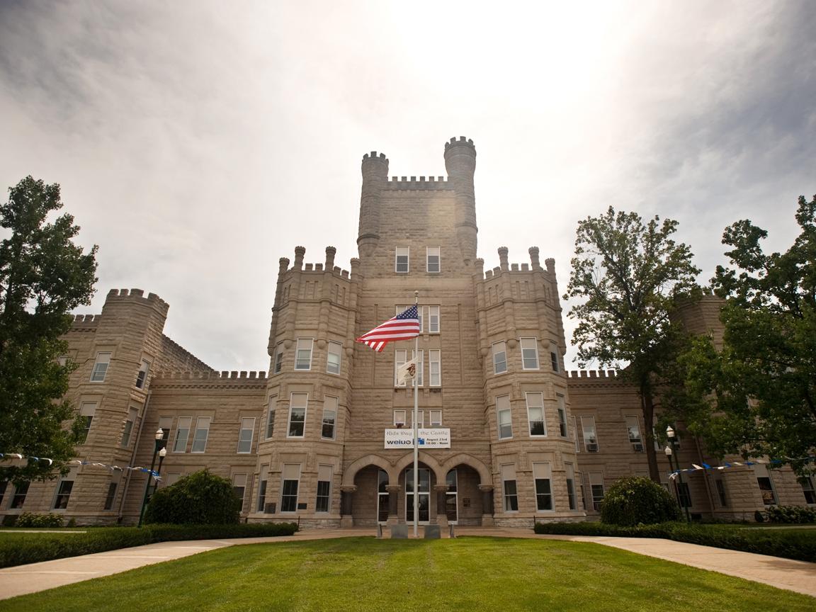 Eastern Illinois University