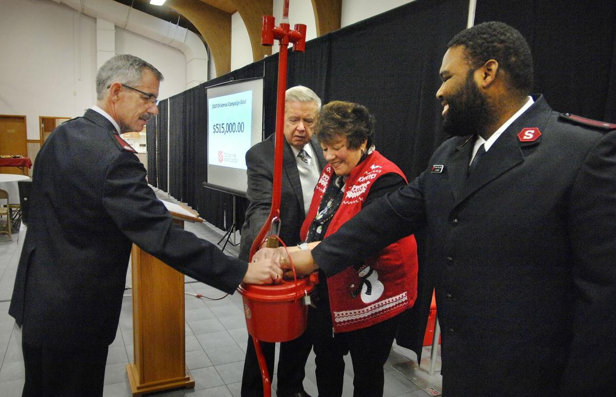 111117-blm-loc-1redkettle