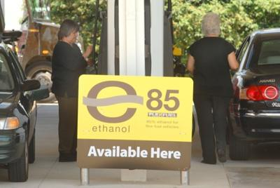 Ethanol lowers gas prices