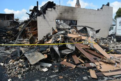 After weekend warehouse fire, Pontiac furniture store set to reopen
