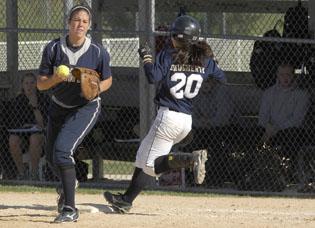 Heartland softball wins NJCAA opener