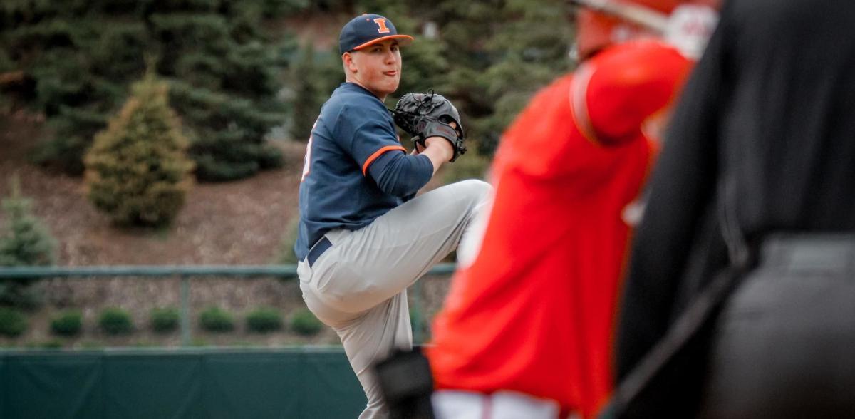 Nathan Lavender pitching
