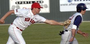 MLB teams draft two players with Pantagraph-area links
