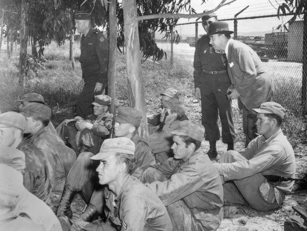Inspecting Illinois National Guardsmen