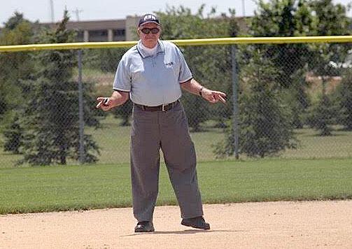 Norm Mueller umpire