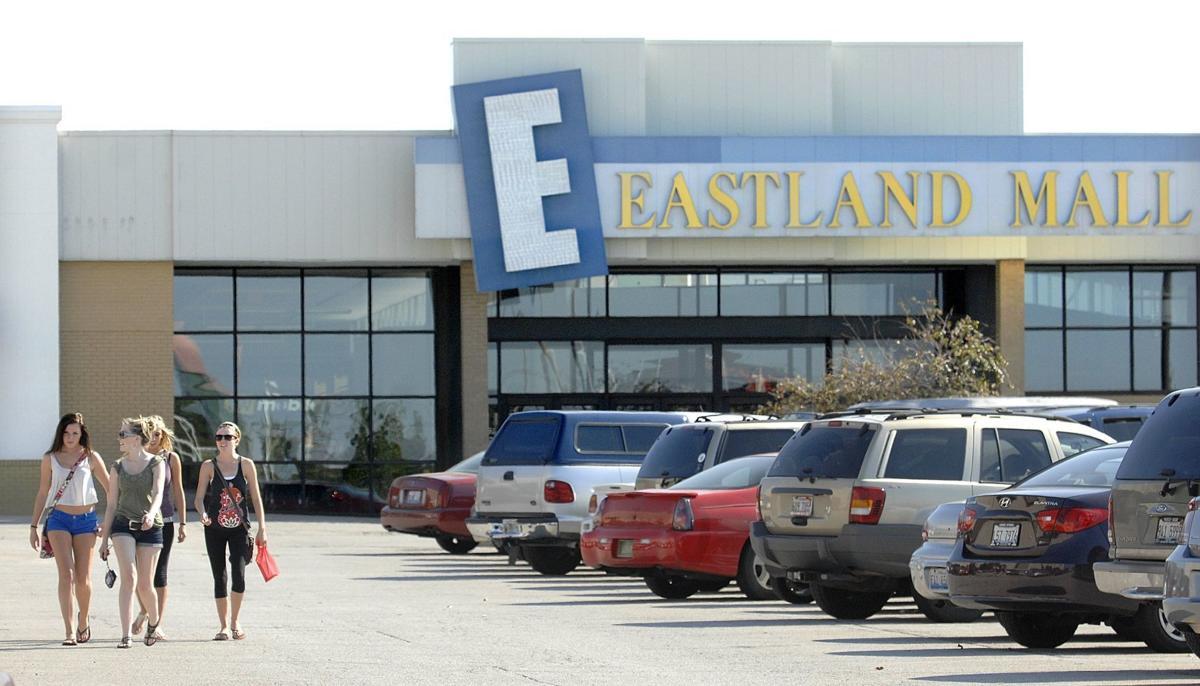 090413 Eastland Mall 3 lacn (copy)