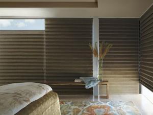 Vignette-Modern-Roman-Shades-Bedroom.jpg