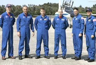 Despite NASA's weird year, crew focused on launch