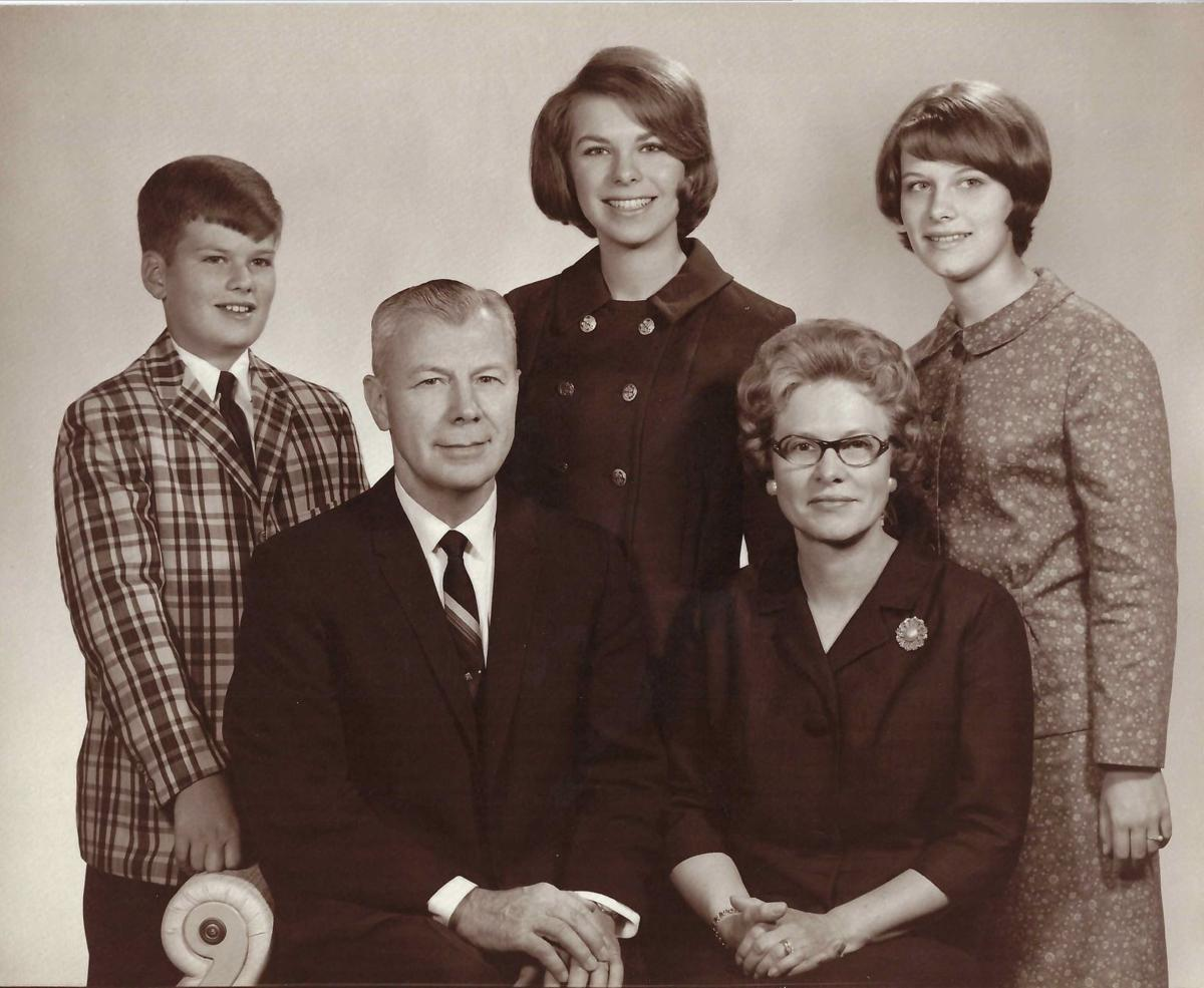 080121-blm-loc-flickcolumn-The Laesch family in 1967 from left Mark (12) Dan Diane (21) Alta and Ellen (15) .jpg