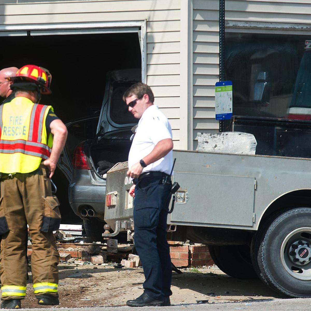 Bloomington police handle rollover crash on Morrissey, car in