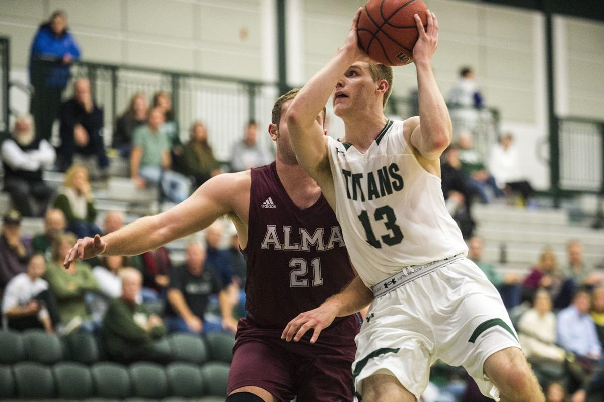 Brady Rose action for IWU hoops