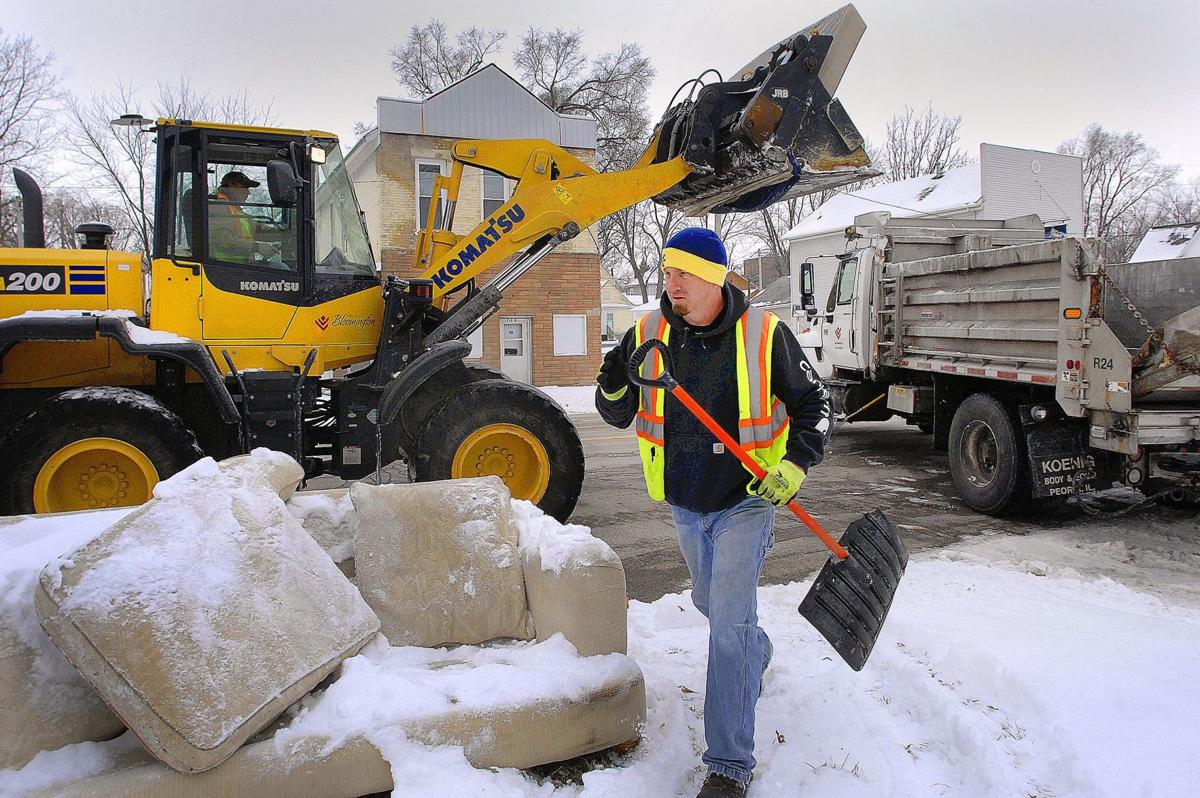 Twice Yearly Bulk Waste Collections Start With Citywide Collection Politics Pantagraph Com