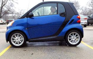 Tiny Smart Car Receives Top Crash Ratings