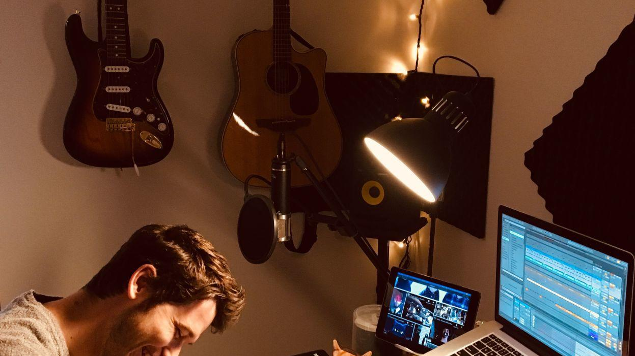 Forsyth native signs record deal; new EP coming