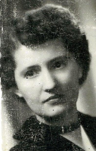 Clara Thompson