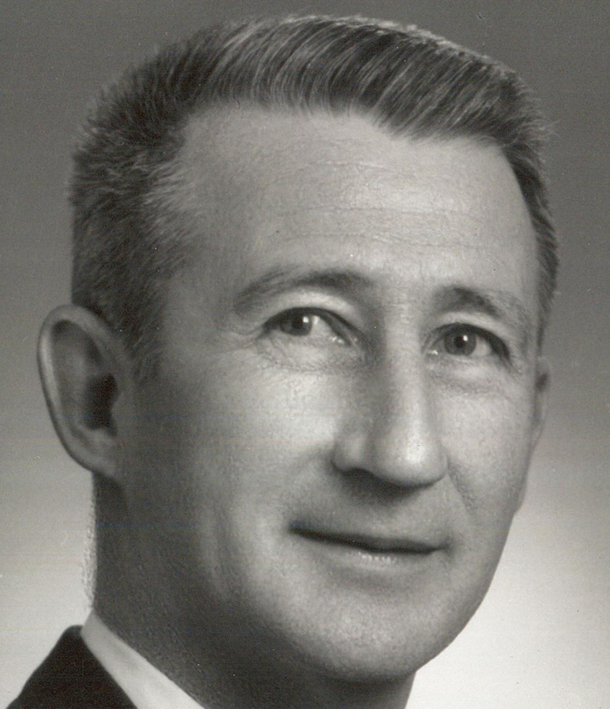 Leo Goebel obit