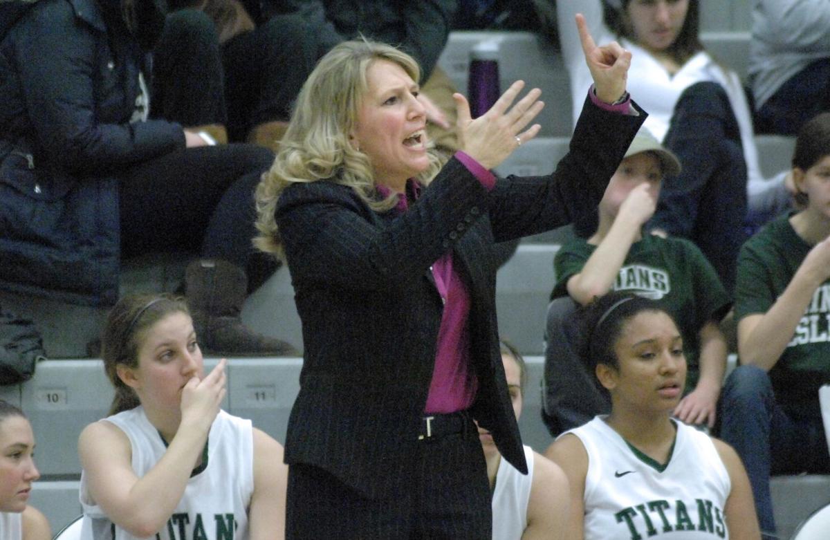 Mia Smith coaching