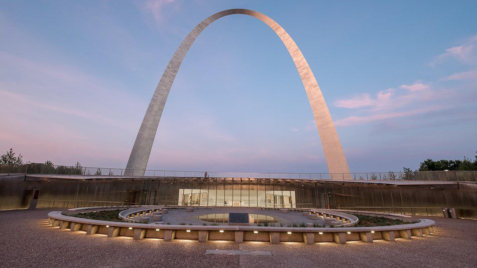 Gateway Arch and museum