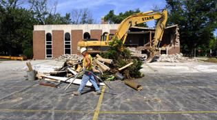 Ex-Methodist office razed for new IWU facility