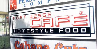 Fort Jesse Cafe pulls them in