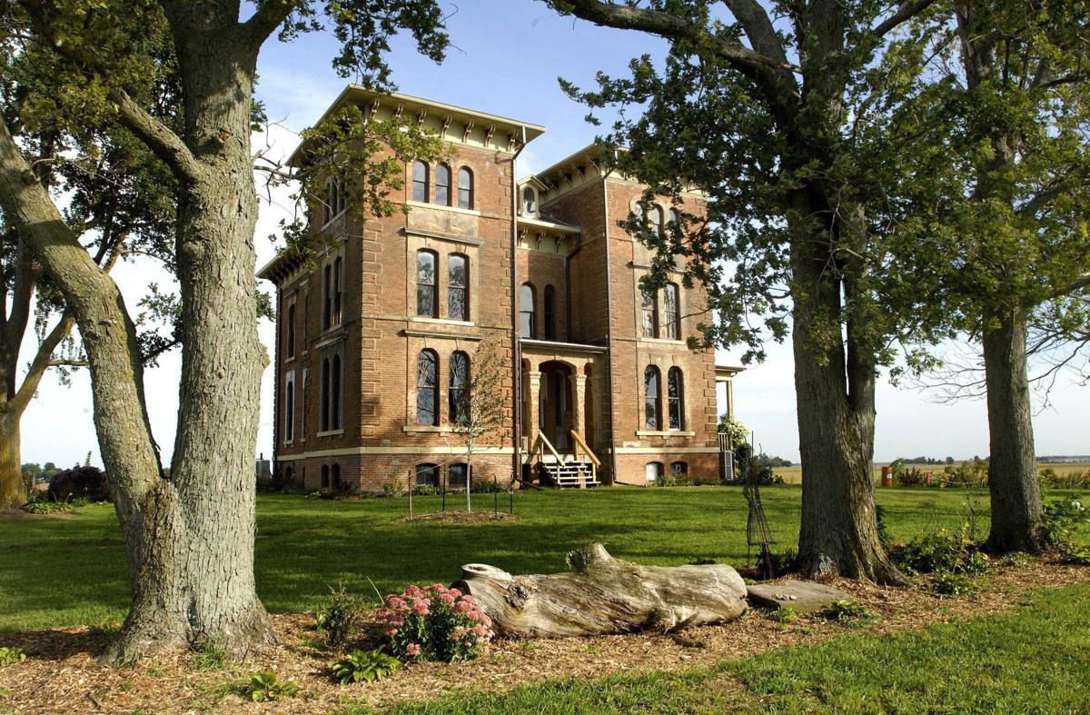 Duncan Manor
