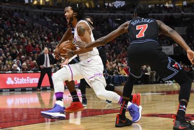 Rose Returns To Chicago Leads T Wolves Over Bulls Basketball