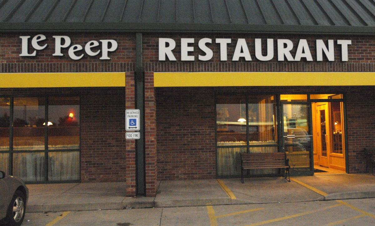 Le Peep Restaurant Chicago