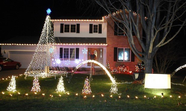 10000 lights used for homes christmas display