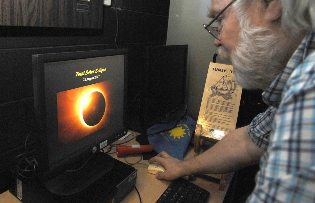 081317-blm-loc-3eclipse