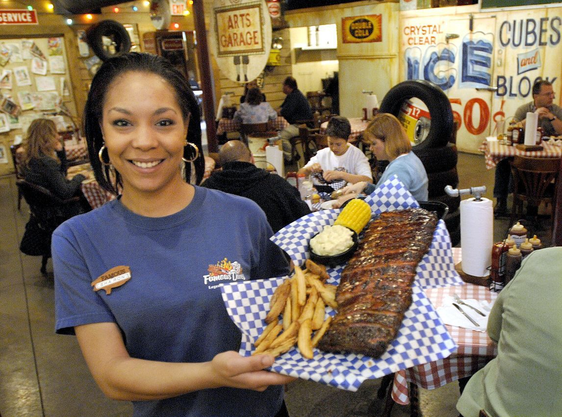 Best BBQ: Famous Dave's