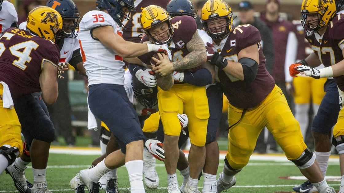 Watch now: Don't call them turnovers, the Illinois football team comes up with takeaways