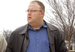 Lawsuit: Unit 5 provided false employment history about Jon White
