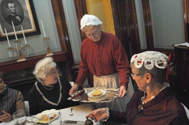 Visitors receive historic feast at David Davis Mansion