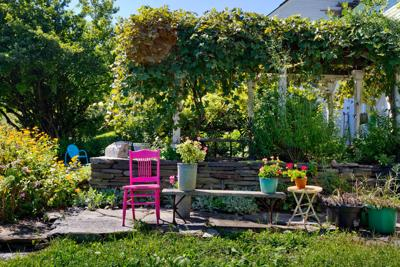It's Spring! 10 Gardening Tools to Cultivate a Gorgeous Outdoor Space