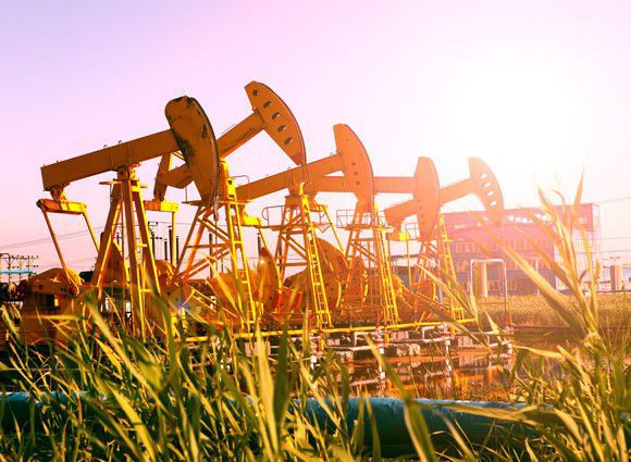5 Top Oil Dividend Stocks to Buy Now | Markets & Stocks
