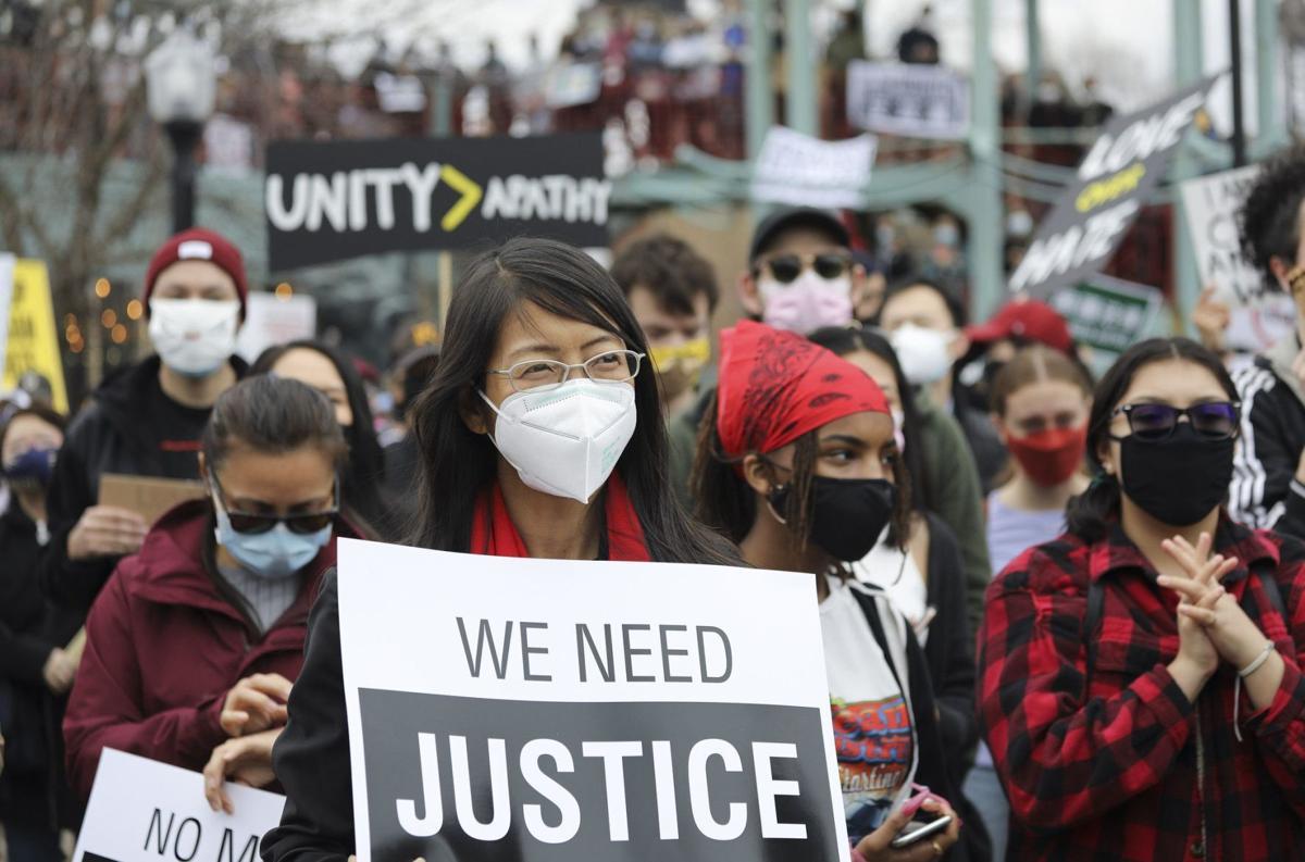 US-NEWS-ASIAN-AMERICAN-UNIVERSITY-STUDENTS-FEAR-7-TB.jpg