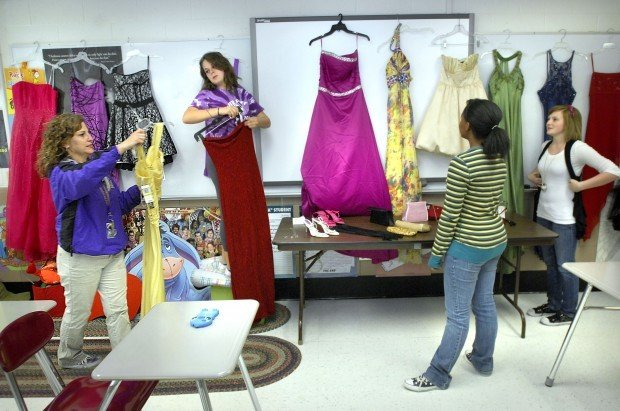 Bhs Teacher Answers Teens Formal Clothing Need With Style Local