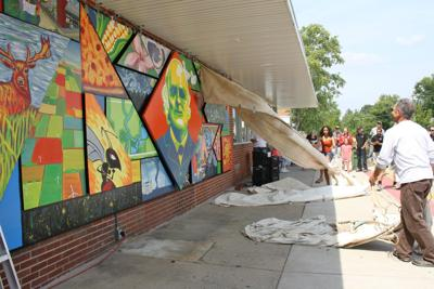 Heyworth Mural Reflects Vividness Of Small Town Life