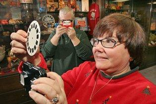 View-Master 3-D travel reels head into the sunset