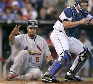 Wainwright, Cardinals handle Royals