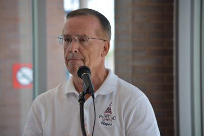 Pontiac Mayor Bob Russell