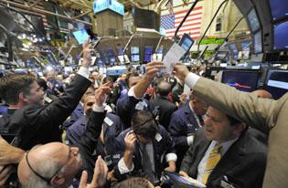 Stocks decline on unemployment, factory reports